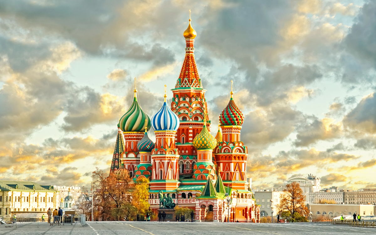 walking tour of the red square and the alexander garden lastiq com